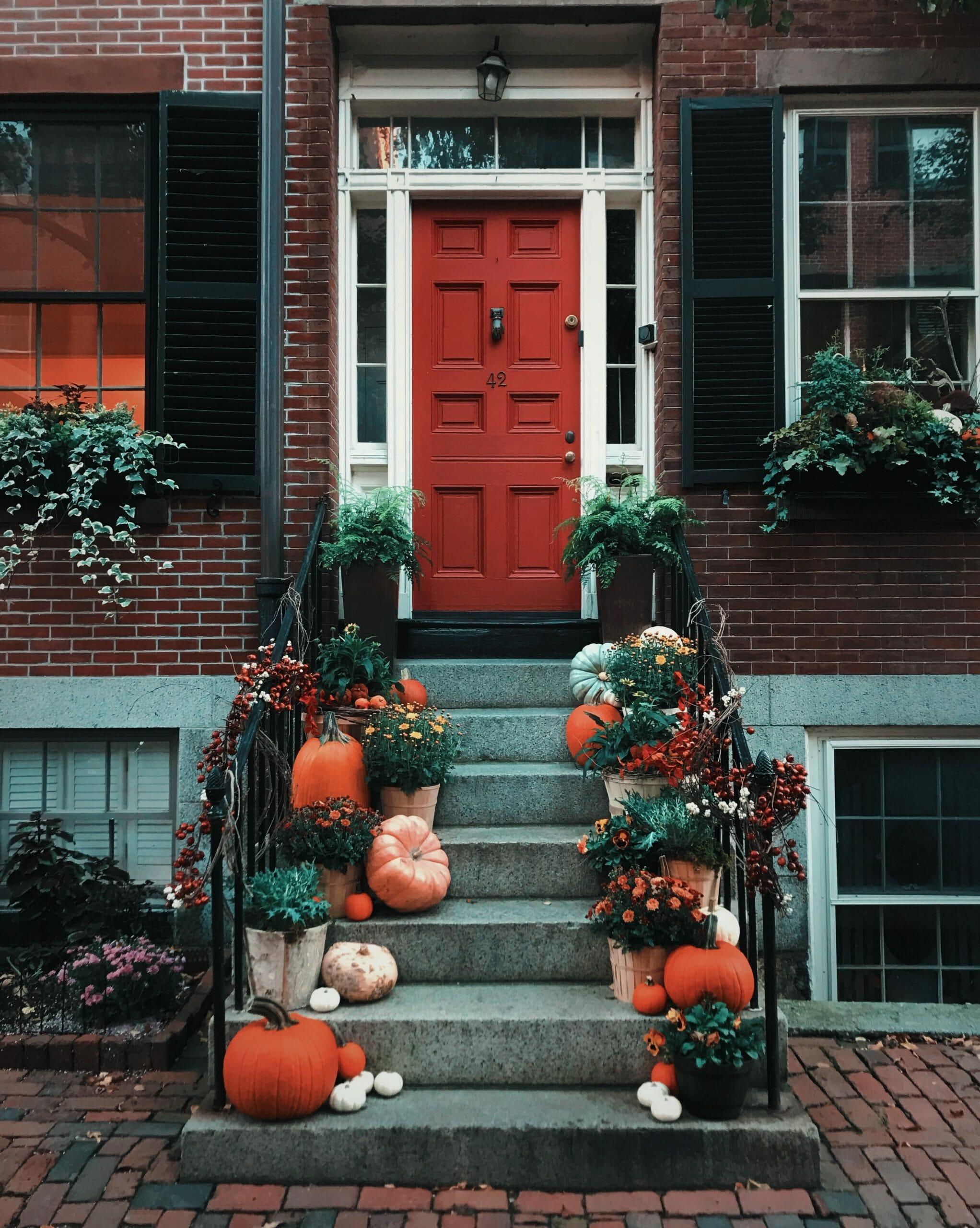 Thanksgiving doorstep